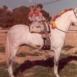 Andy Y Enrique con un Caballo de su tio Gienes